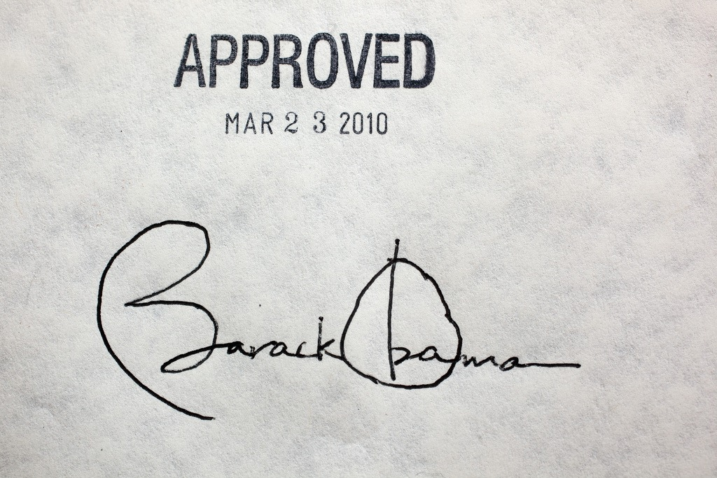 Why obama used multiple pens to write a single signature spiritdancerdesigns Image collections