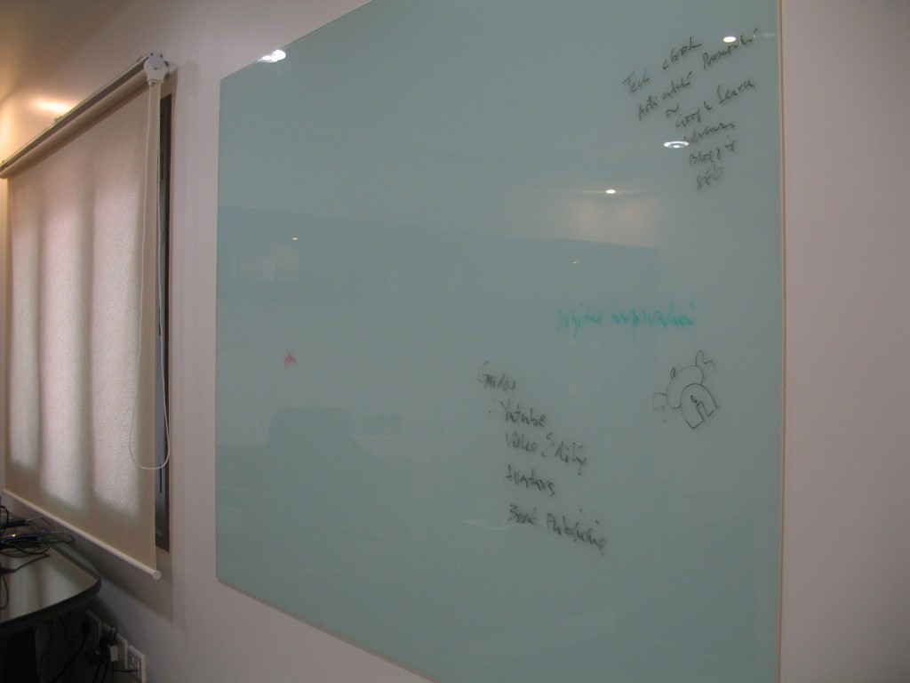 glass-whiteboard-1024x768